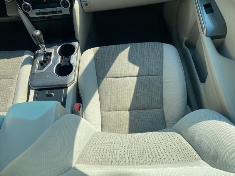 Toyota Camry Hybrid 2013 price $10,975