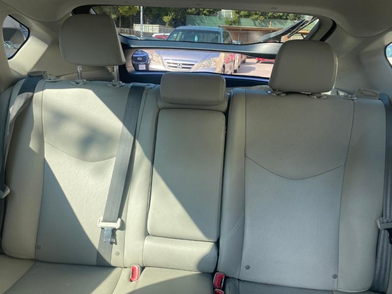 Toyota Prius 2010 price $9,975