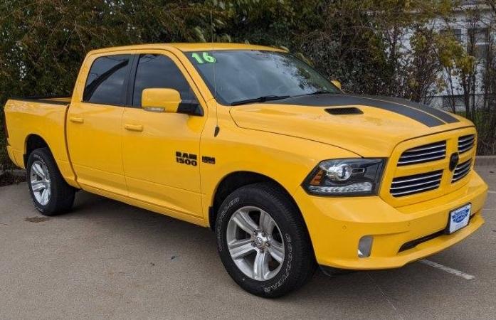 Ram 1500 4WD 2016 price $28,385