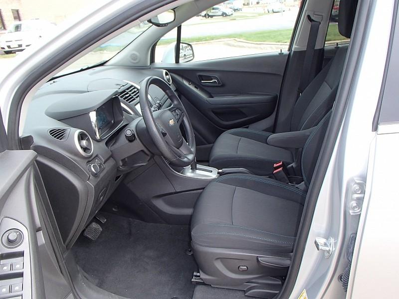 Chevrolet Trax 2016 price $13,756