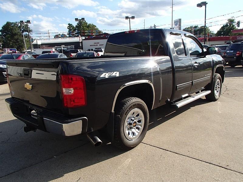 Chevrolet Silverado 1500 4WD 2010 price $15,817