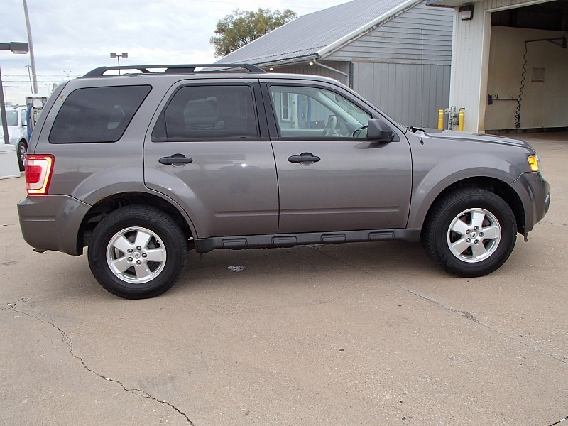 Ford Escape 2011 price $8,995