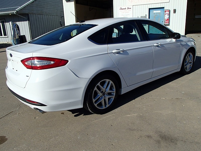 Ford Fusion 2015 price $13,609