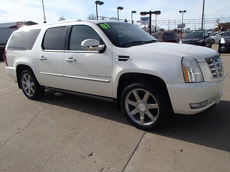 Cadillac Escalade ESV 2007 price $10,995