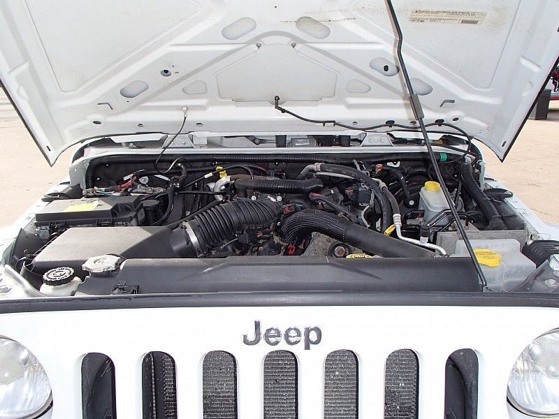 Jeep Wrangler Unlimited 2011 price $23,900