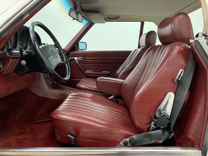 Mercedes-Benz 560SL 1988 price $17,977