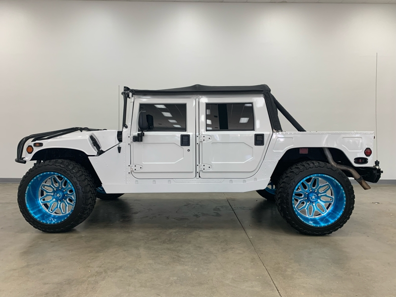 Hummer H1 1995 price $49,977