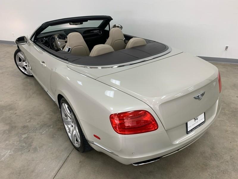 Bentley Continental GTC 2012 price $81,977