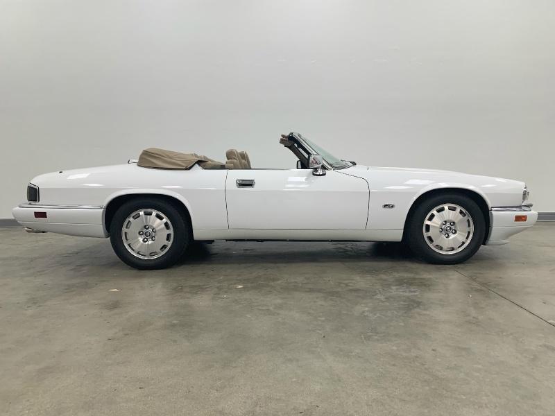 Jaguar XJS Convertible 1996 price $16,977