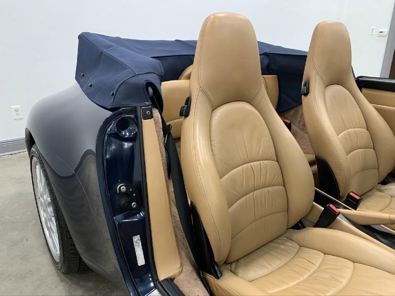 Porsche 911 1998 price $43,977