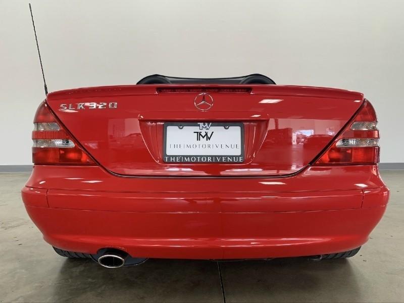 Mercedes-Benz SLK-Class 2004 price $10,977