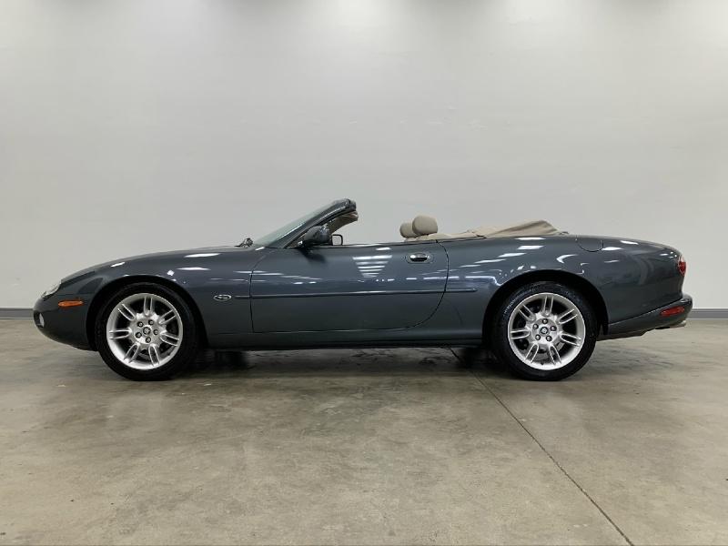 Jaguar XK8 2001 price Sold
