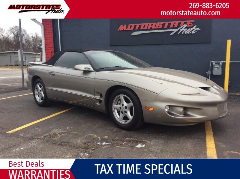 Pontiac Firebird 2002 price $5,500