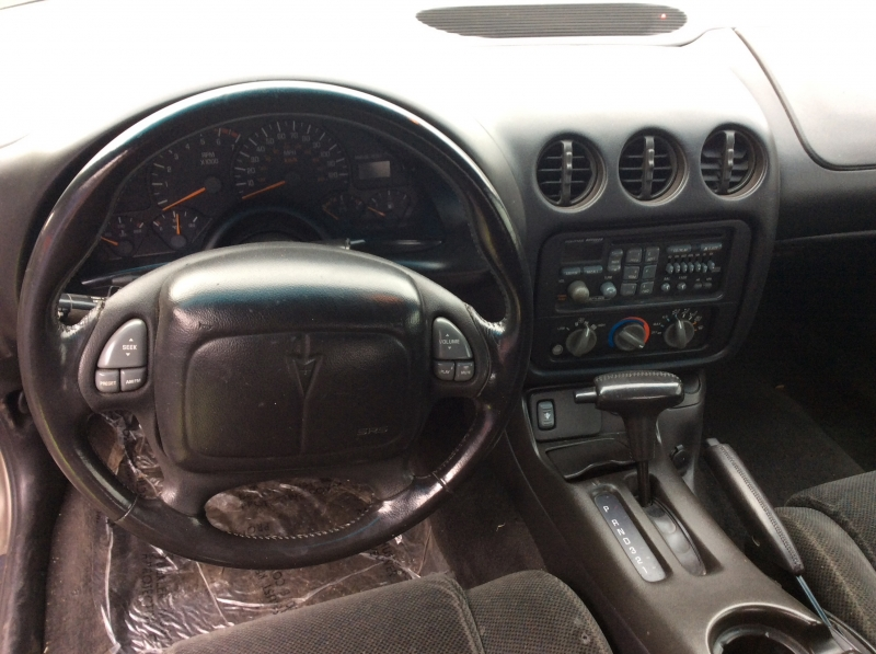 Pontiac Firebird 2002 price $6,599