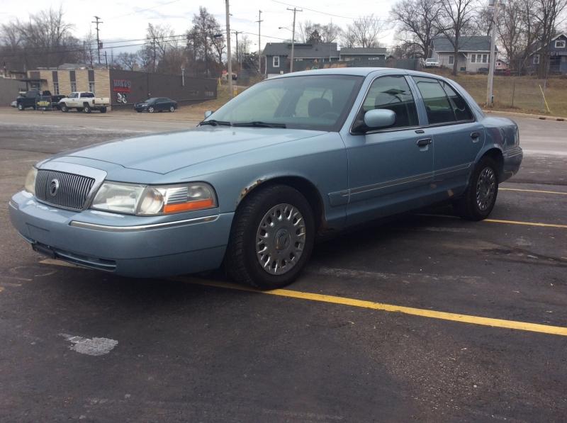 Mercury Grand Marquis 2003 price $2,999