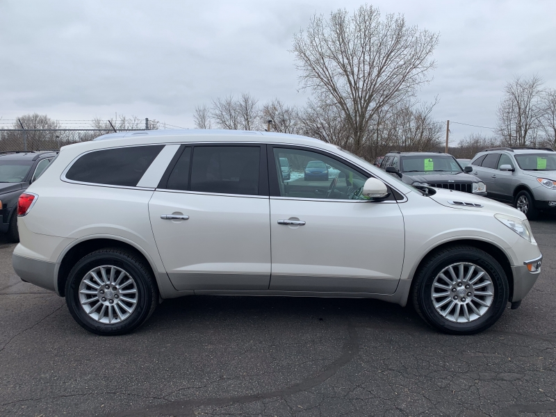 Buick Enclave 2011 price $7,999