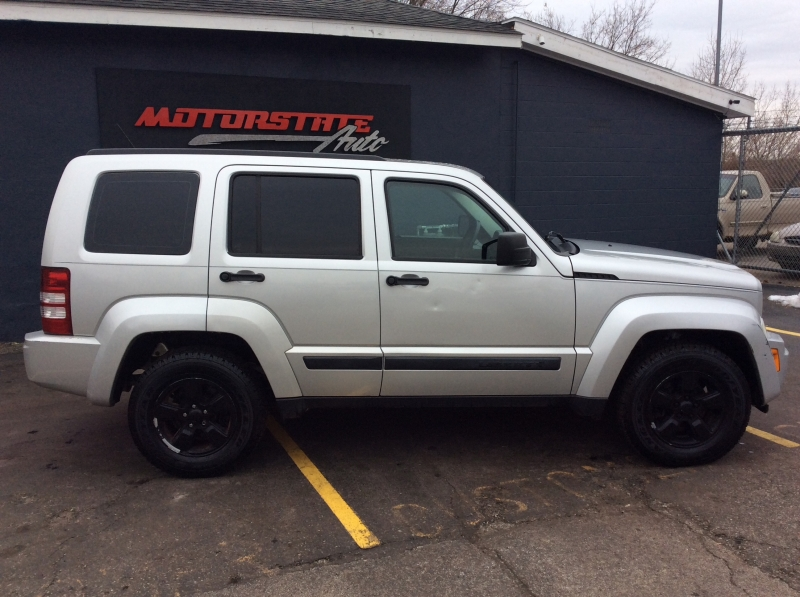 Jeep Liberty 2009 price $4,999