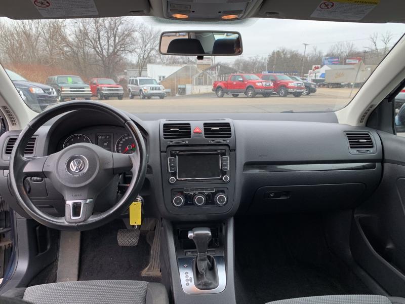 Volkswagen Jetta Sedan 2010 price $4,999