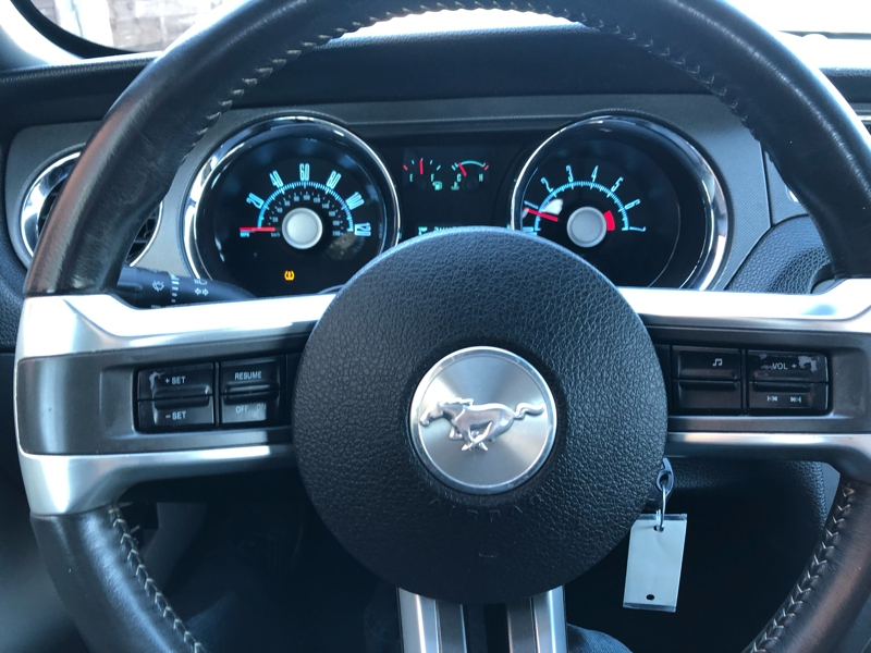 Ford Mustang 2010 price $6,991