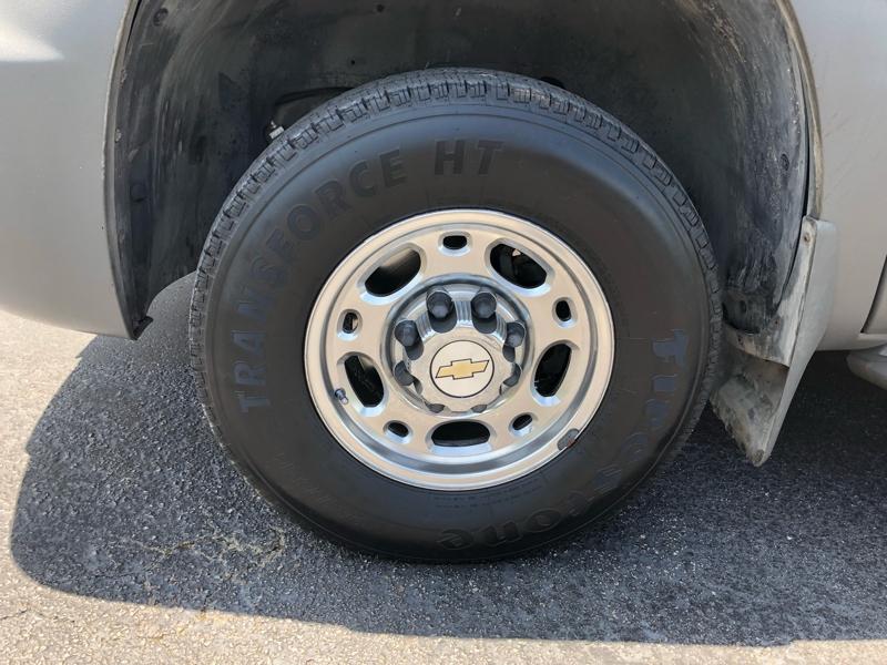 Chevrolet Avalanche 2002 price $7,991