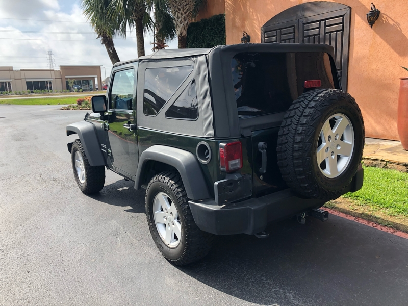 Jeep Wrangler 2011 price $15,991