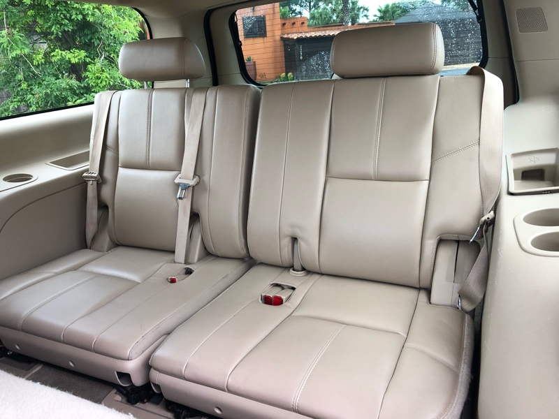 Chevrolet Suburban 2012 price $15,991