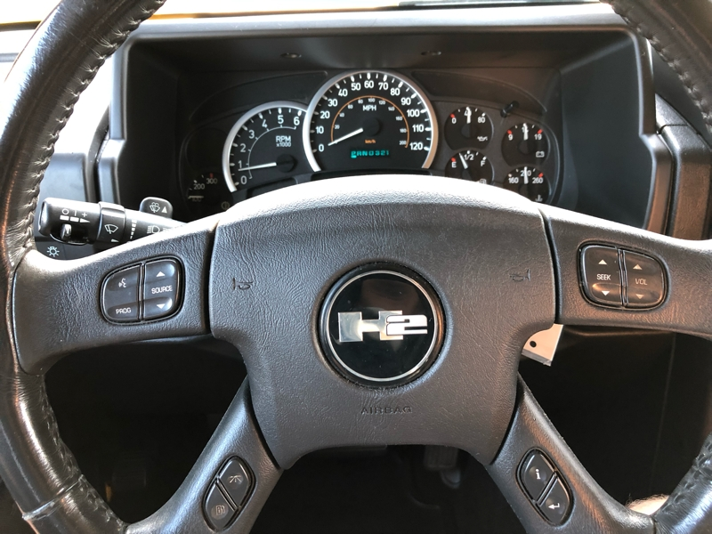 Hummer H2 2005 price $18,999