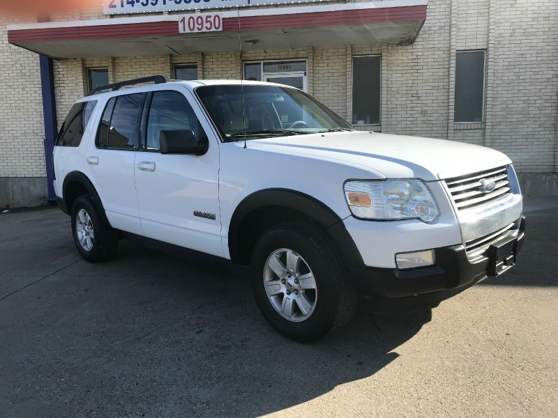 Ford Explorer 2007 price $3,700 Cash