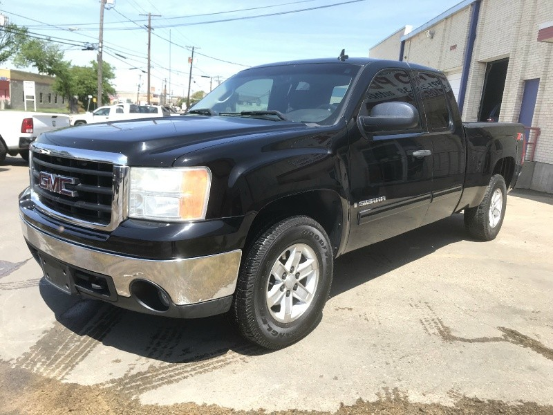 GMC Sierra 1500 2007 price $7,990