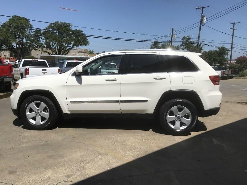Jeep Grand Cherokee 2011 price $9,990
