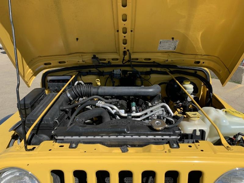 Jeep Wrangler 2006 price $11,990