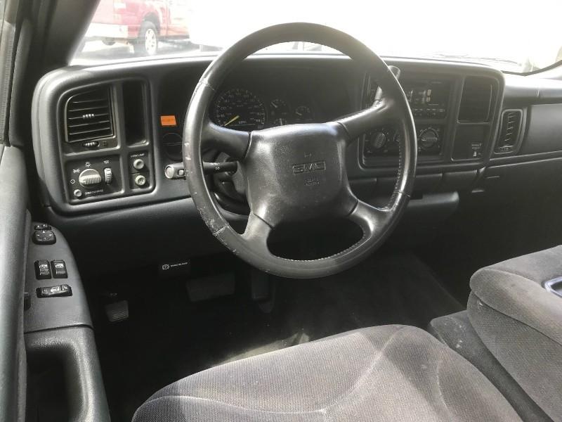 GMC New Sierra 1500 2000 price $6,990
