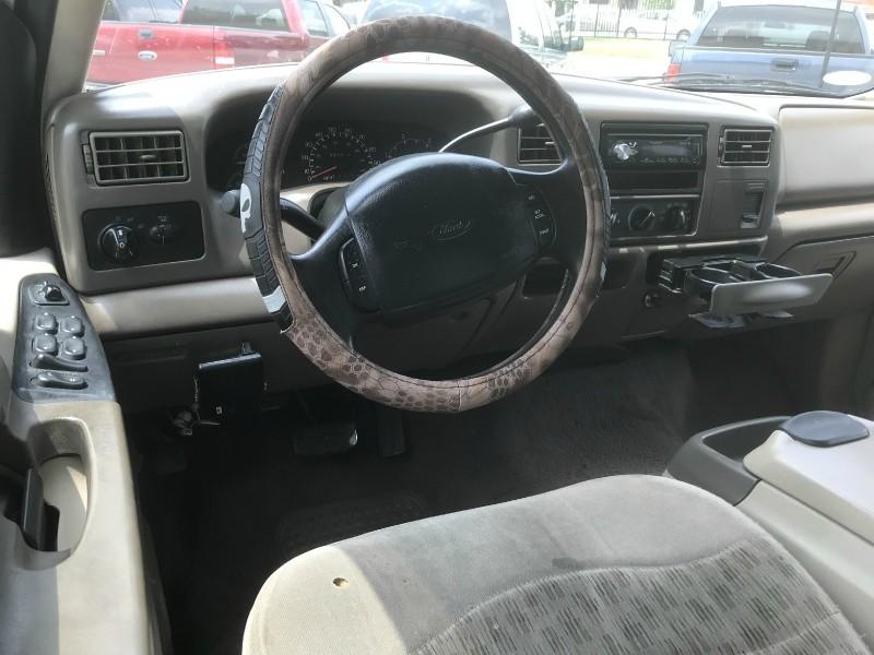 Ford Super Duty F-250 2000 price $6,990