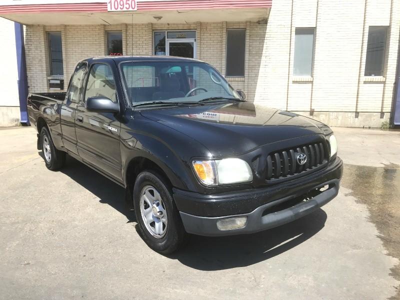 Toyota Tacoma 2004 price $5,990