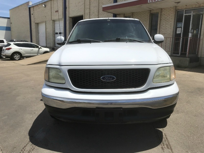 Ford F-150 2002 price $3,500