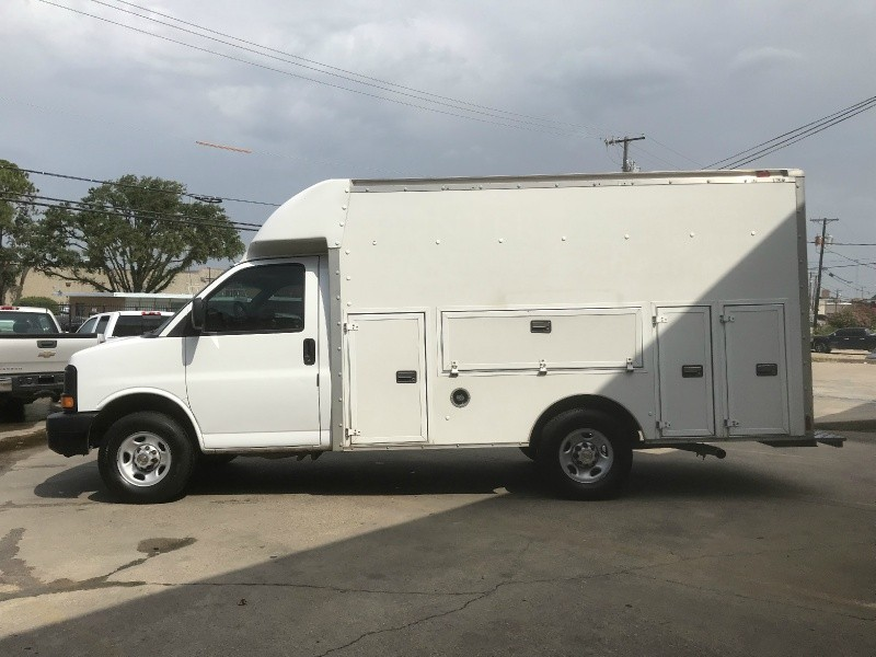 Chevrolet Express Commercial Cutaway 2004 price $7,700