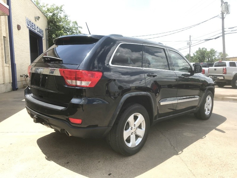 Jeep Grand Cherokee 2011 price $11,990