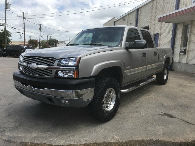 Chevrolet Silverado 2500HD 2003 price $8,500