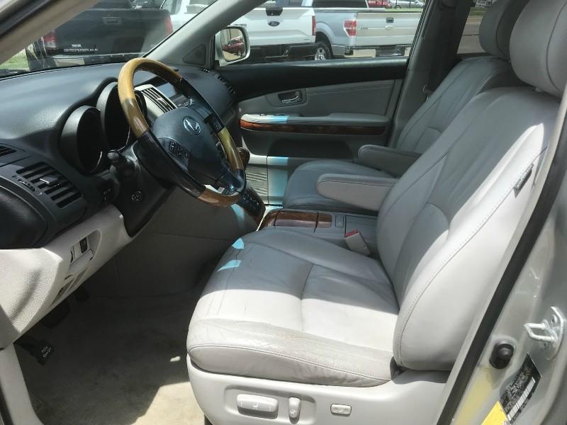 Lexus RX 330 2006 price $5,990