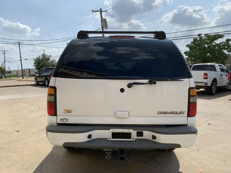 Chevrolet Suburban 2004 price $5,700