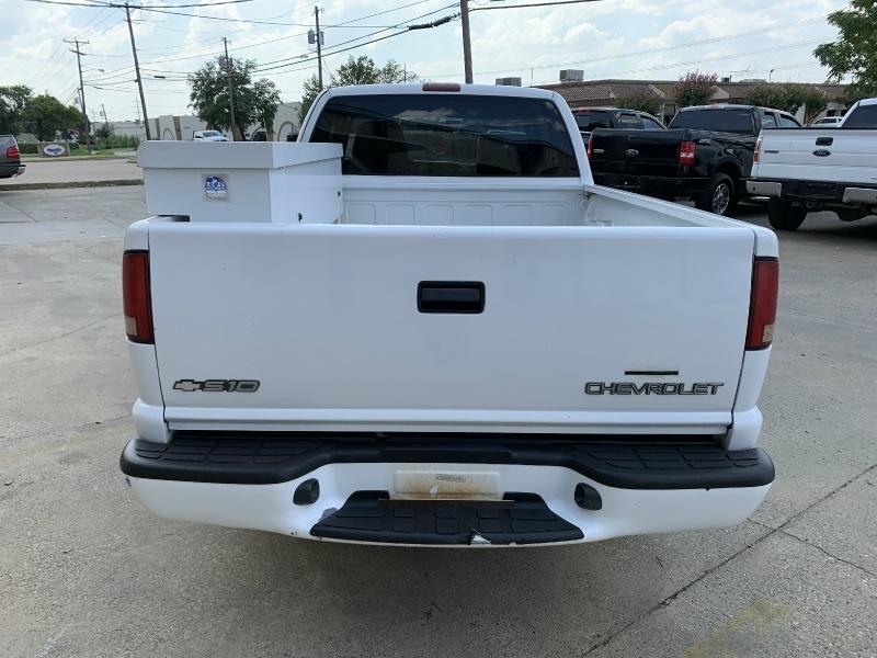 Chevrolet S-10 2000 price $4,990