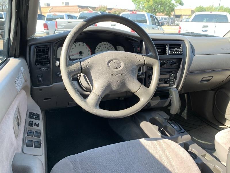 Toyota Tacoma 2001 price $8,500