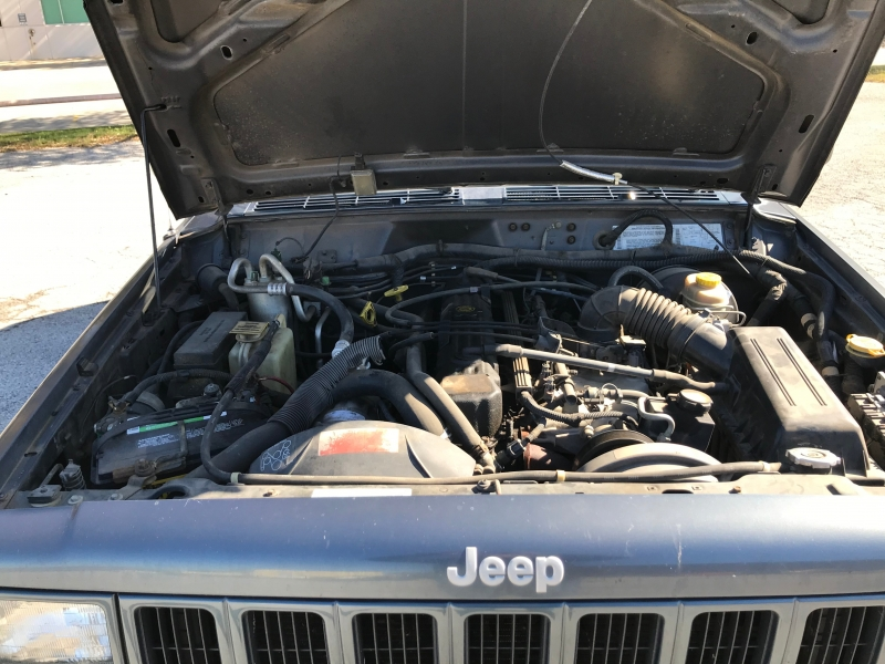 Jeep Cherokee 2001 price $3,990