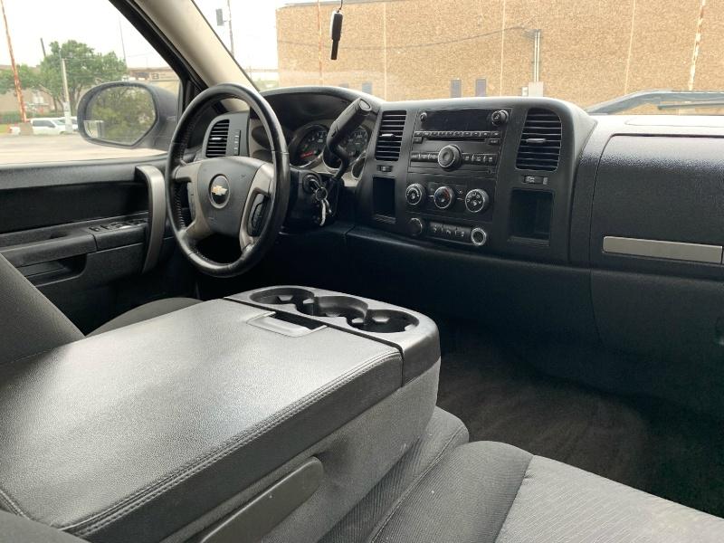 Chevrolet Silverado 2500HD 2013 price $9,990
