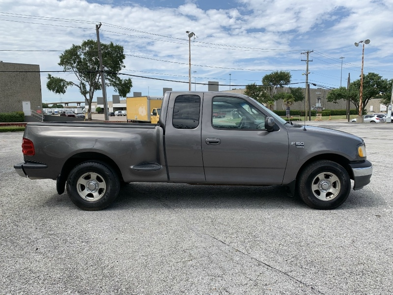 Ford F-150 2002 price $5,500