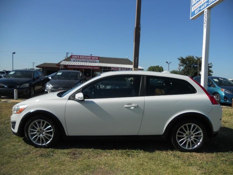 Volvo C30 2011 price $6,850