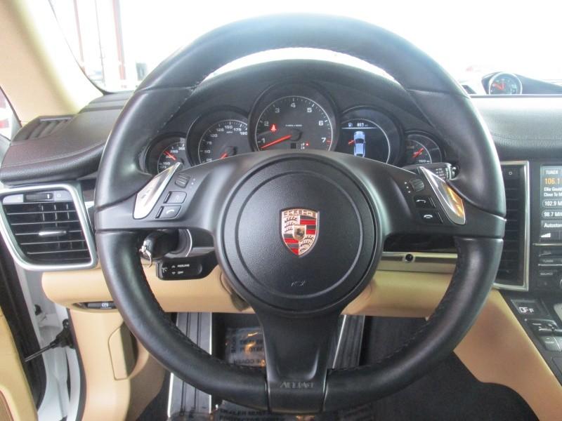 Porsche Panamera 2015 price $36,850