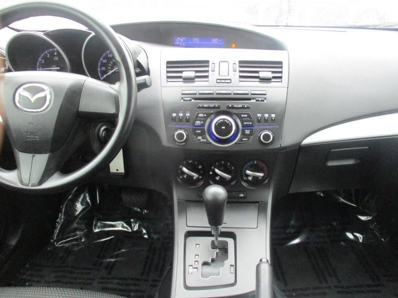 Mazda Mazda3 2012 price $6,900