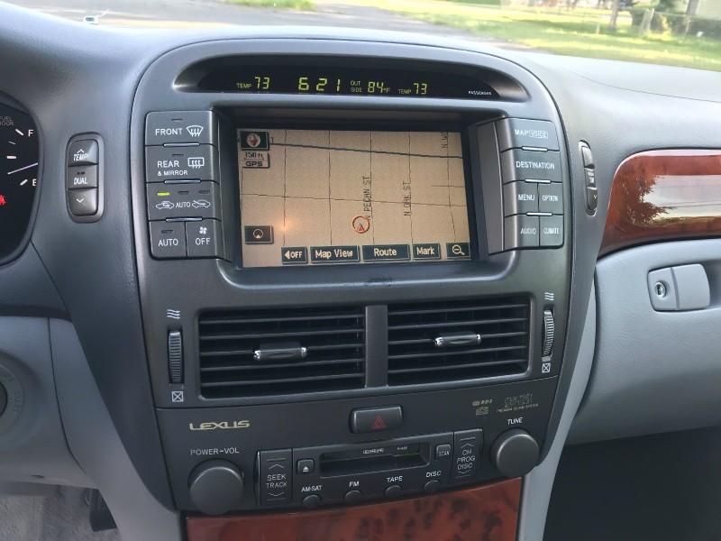 Lexus LS 430 2005 price $8,900
