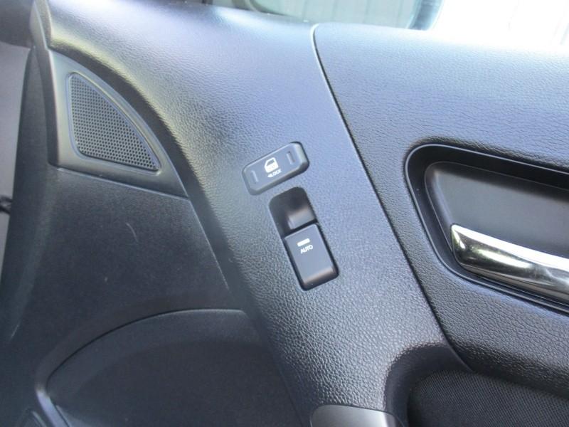 Hyundai Genesis Coupe 2011 price $9,950